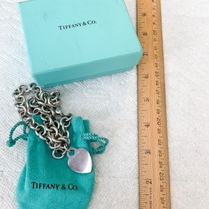 AUTHENTIC Tiffany&Co. heart tag necklace in silver